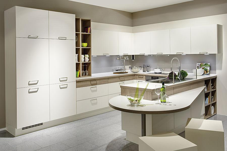 Leistungen Küchen Service für Saalfeld